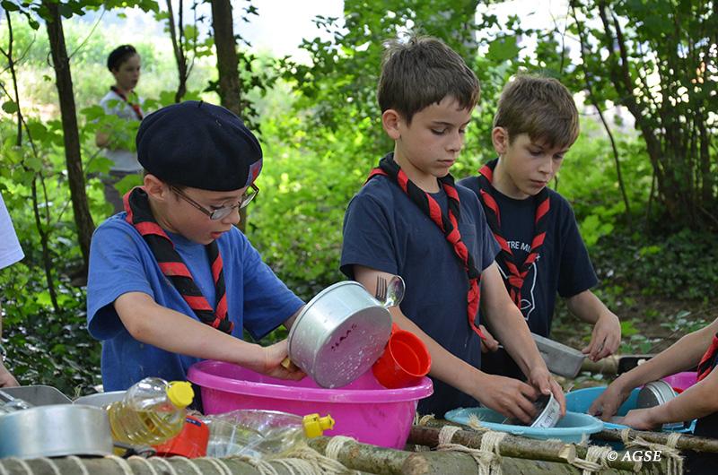 Vaisselle pendant le camp